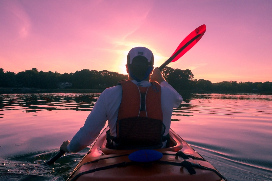 What Are the Best Life Jackets for Kayaking... And How to Choose